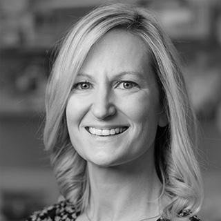 """Ellen Roche, PhD<br><span class=""""stitreAboutTeam"""">Board Member</span>"""